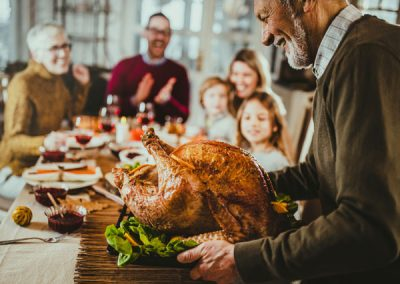 How Retirement Living Prevents Loneliness During the Holidays