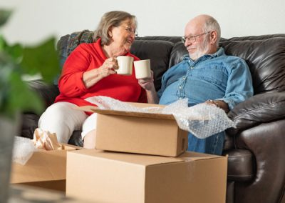 The Advantages of Downsizing and Decluttering While at Home